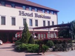 Hotel Bassiana Sarvar
