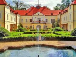 Schlosshotel Szidónia  Röjtökmuzsaj