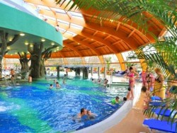 Hungarospa  – Aqua-Palace Innen Wasserpark   Hajduszoboszlo
